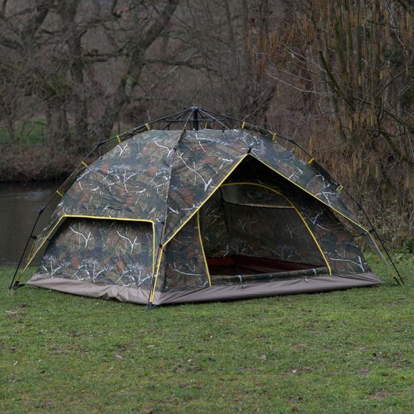 Camo pop up tent