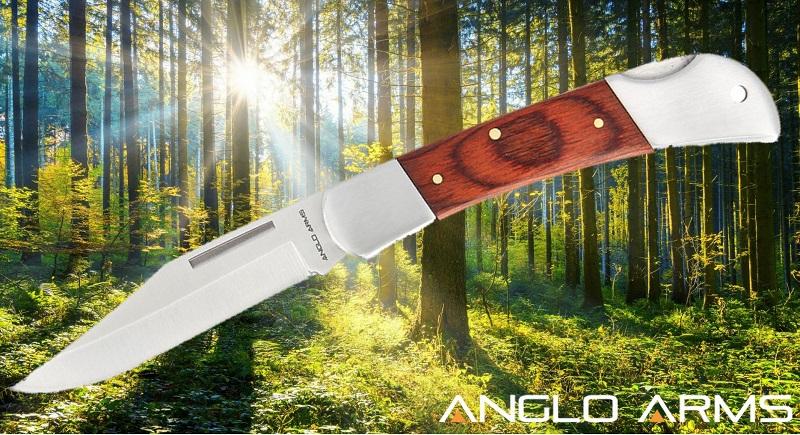 Classic Backlock knife with Pakkawood Finish